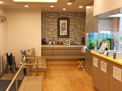 神戸市西区の片岡整形外科 待合室
